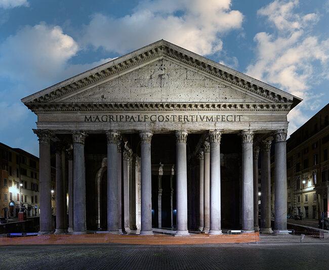 The Empire of Light 03, Rome, 2020, archival pigment print su carta cotone, 75 x 110 / 100 x 150 cm