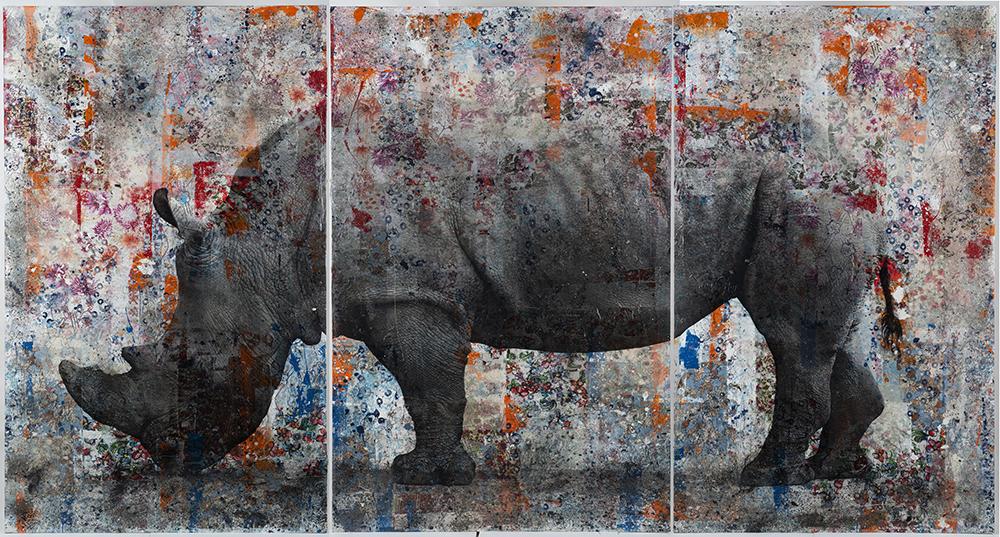 Rinoceronte, 2019, tecnica mista su tavola, 200 x 385 cm