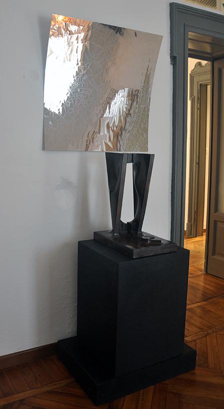 Portrait of you in Milan, 2018, acciaio lucido, 80 x 80 cm