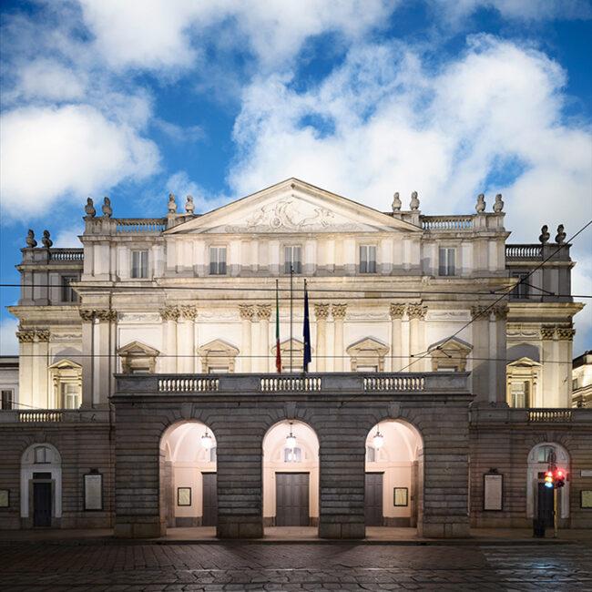 Daydreaming, Milano 02, 2021, archival pigment print su carta cotone, 110 x 110 / 110 x 135 cm