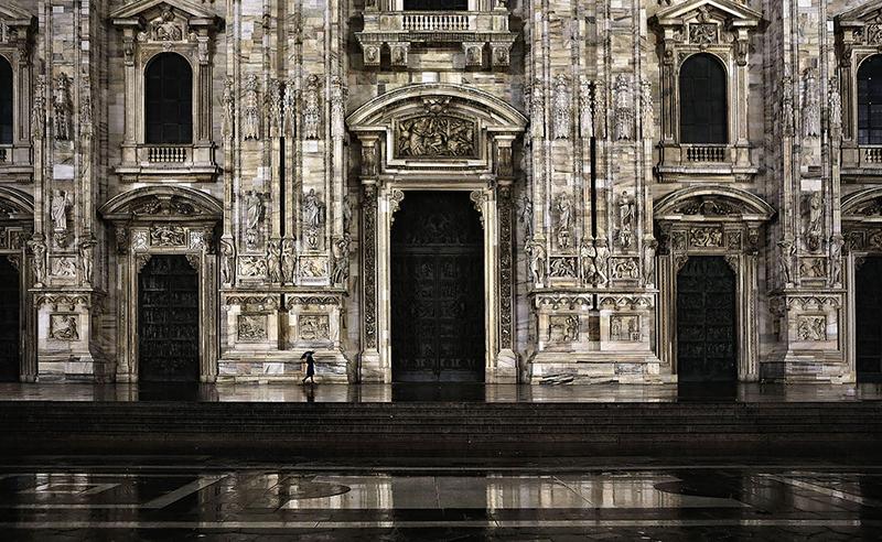Duomo - Milan Loneliness, stampa a getto d'inchiostro su dibond 3 mm e carta baritata Canson, 5 + II p.a., 92 x 150 cm